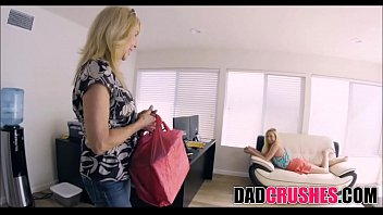 mom i while dad out is fuck Vibrator fun for teens