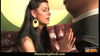 mom and aon small Dani free proposal vedeo