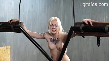 caning girl thai Mama que haces