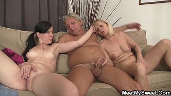 in and cock son out mouth her passed his puts mom Pokemon dawn sex video download